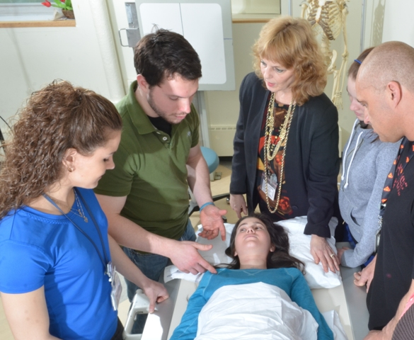 Patricia Duffy with imaging students